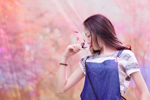 girls-1072024_640