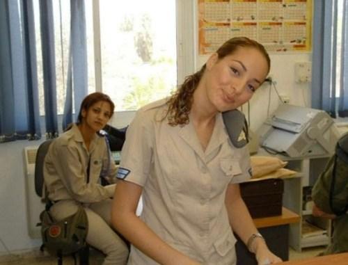 イスラエル軍の女性兵士113