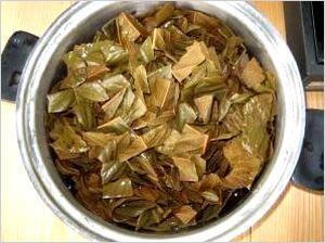 びわの葉紅茶 作り方