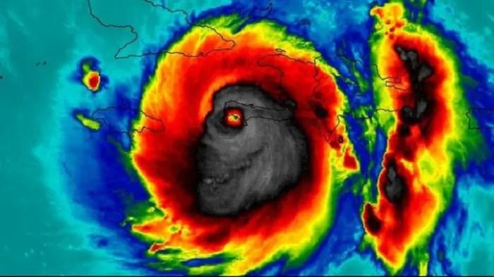 El huracán Watthew anuncia el futuro de los súper-tornados