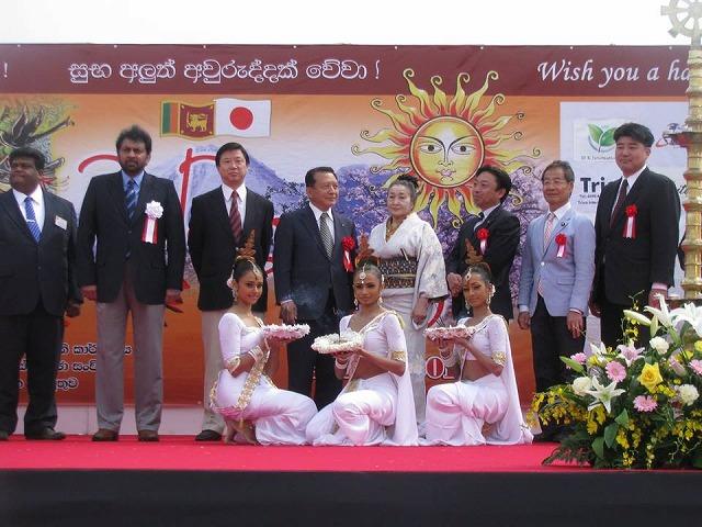 149416 Srilanka 新年祭-2-4 10151793_773779745965353_6357365995898536951_n