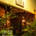 Cafe bar Moonbow in 美栄橋