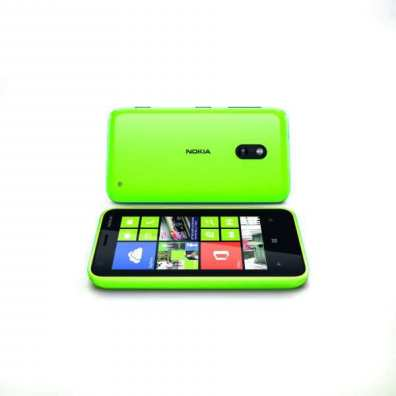 600-nokia_lumia_620_lime-green-front-and-back