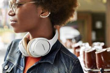 bose soundlink wireless headphone ii lifestyle