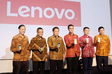 lenovo pabrik indonesia