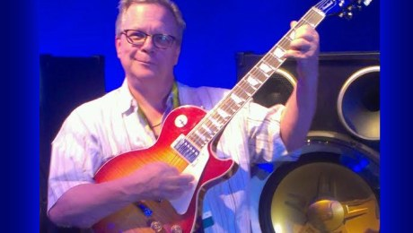 YBLTV Editor / Writer / Reviewer, Arthur Bloberger plays Gibson USA 2016 Les Paul Performance Standard at CES 2016.