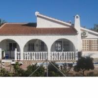 Independent villa Torrevieja