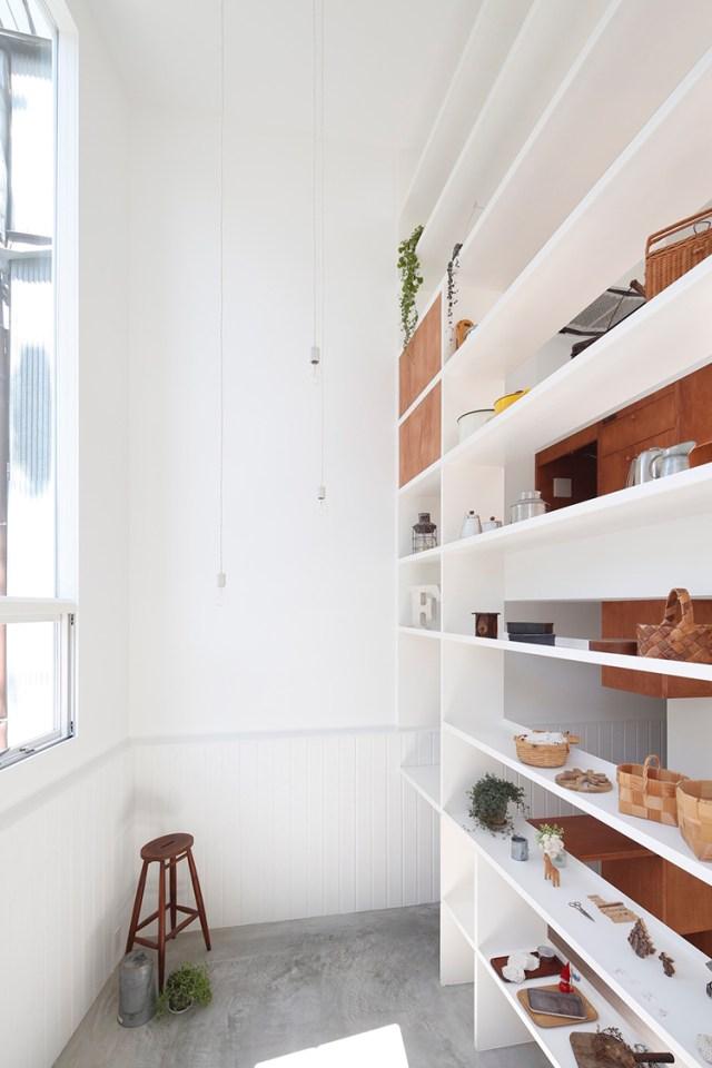 Shop display con altura estante blanco