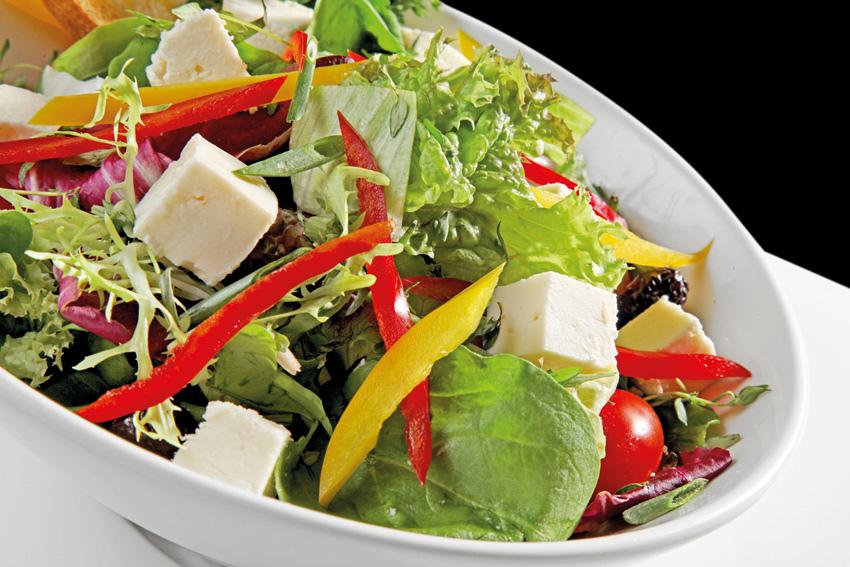 peynirli mevsim salata