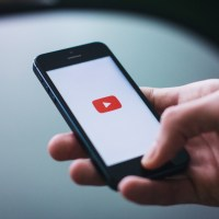 Youtube & Blogs : Souriez ! Vous êtes Filmé(e)s