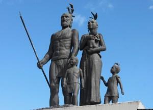 Monumento a Gonzalo Guerrero y su familia, los Primeros Mestizos.