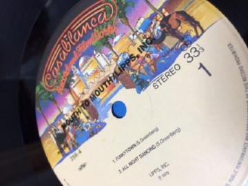 カサブランカ・レコードのラベル