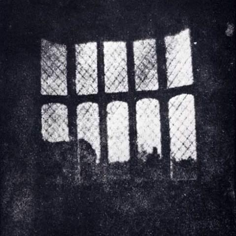 Latticed_window_at_lacock_abbey_1835