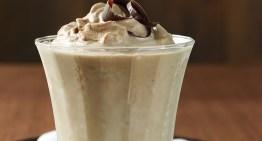 Dates , Almond and Walnut Milk Shake / Healthy Winter Breakfast