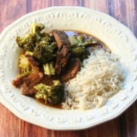 Crockpot Wednesdays - Slow Cooker Beef & Broccoli