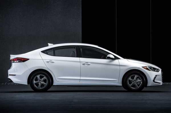 2017 Hyundai Elantra Eco side