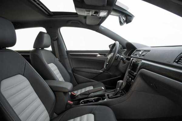 Volkswagen Passat GT Concept Interiors
