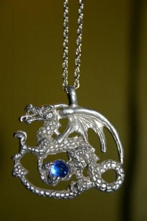 silver-pendant