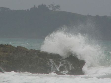 konkan-sea-waves-rock