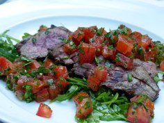 chargrilled sliced beef skirt with diced marinated fresh tomatoes & rocket salad | Olivocarne | Yvanne Teo