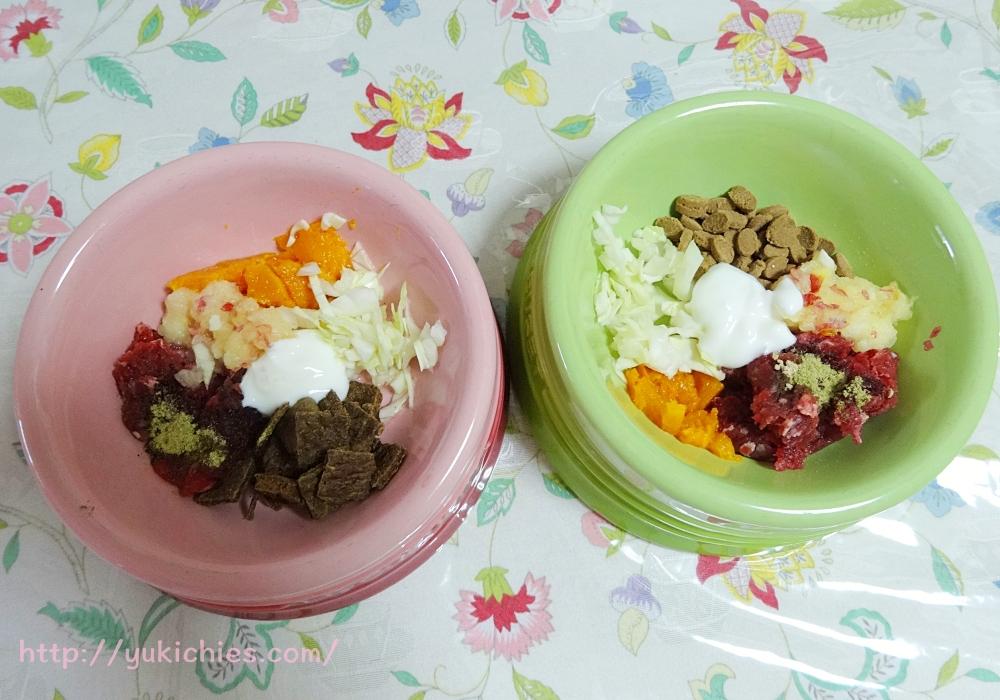 バターナッツかぼちゃと馬肉の犬ごはん 馬肉・バターナッツかぼちゃ・りんご・キャベツ・ドッグフード・無糖ヨーグルト・ブロッコリーパウダー