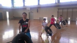 左から高橋恵麻さん、恭史郎、鈴木美沙樹さん