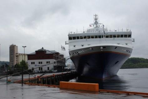 MV Explorer Cruise Ship from Semester at Sea Study Abroad via ZaagiTravel.com
