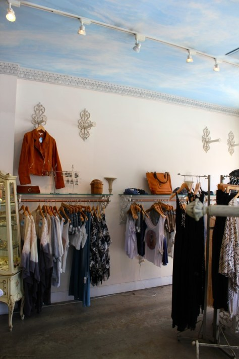 Muse Clothing and Accessory Boutique in Laguna Beach, California via ZaagiTravel.com