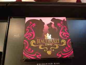 Enchanted Kiss eye shadow cover