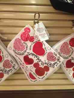 Mickey Mouse Heart Wristlet Bag