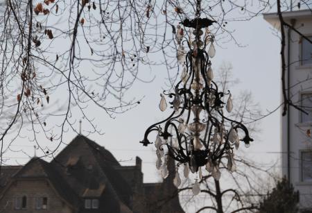 Kronleuchter am Baum