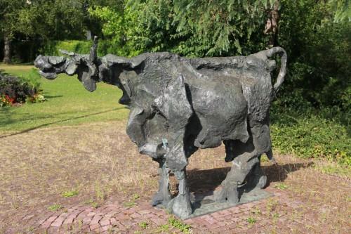 Kuh-Skulptur von Pedretti
