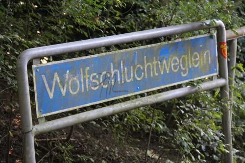 wolfsschluchtweglein_strassenschild