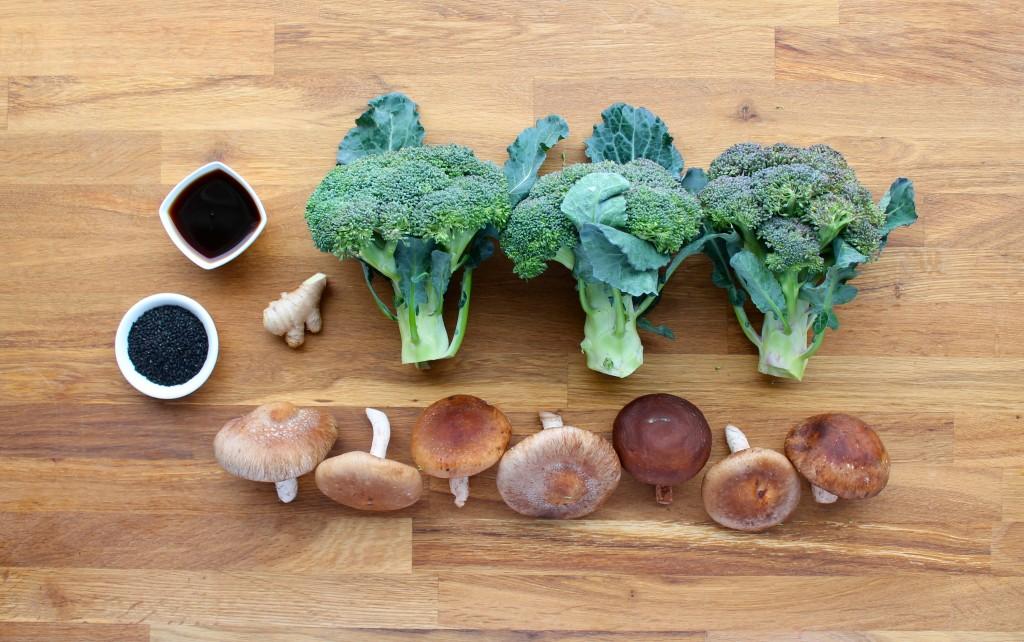 paleo sesame shiitake broccoli