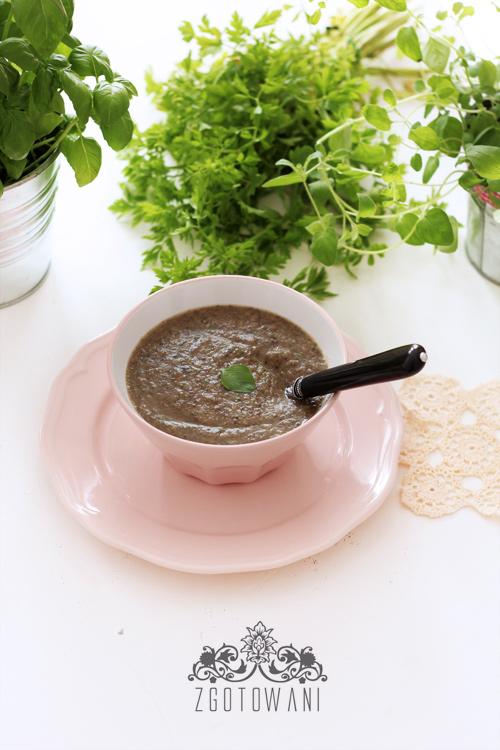 zupa-krem-z-pieczarkami,-cukinia-i-gorgonzola-2