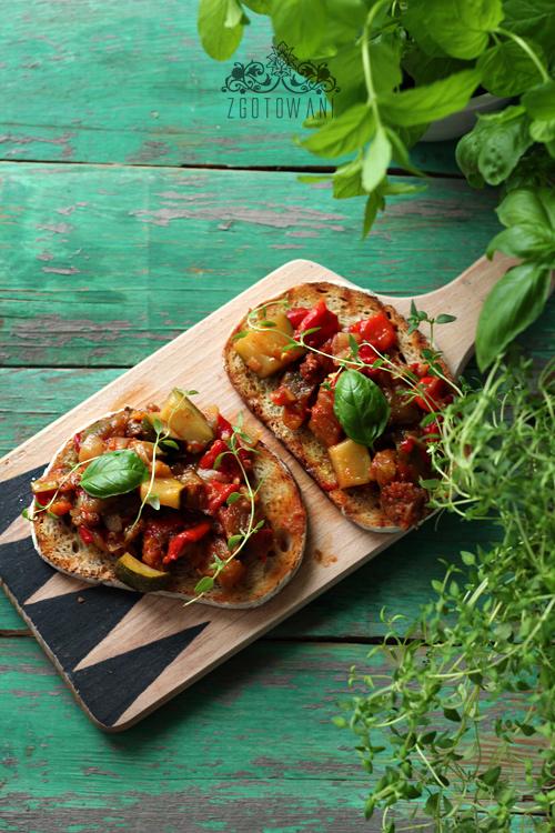 bruschetta-z-warzywami-7