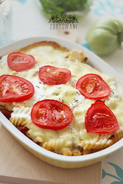 zapiekanka-z-mielona-wolowina,-pieczarkami,-mozzarella-i-pomidorami-4