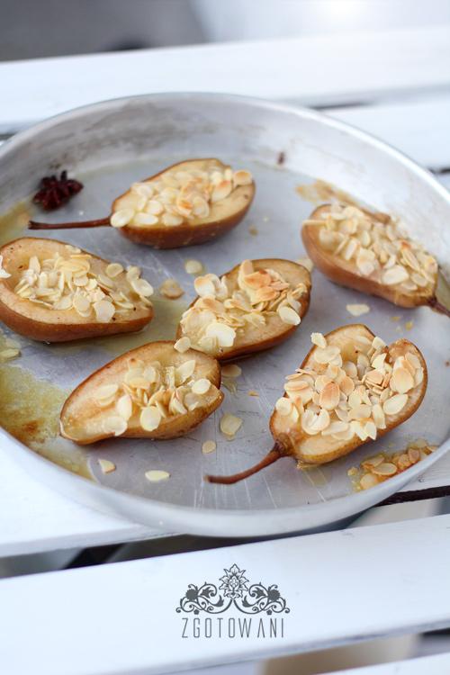 gruszki-pieczone-z-miodem-migdalami-i-anyzem-7