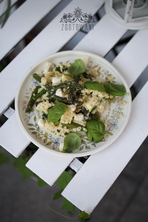 kasza-jaglana-ze-szparagami,-cukinia-i-mozzarella-5