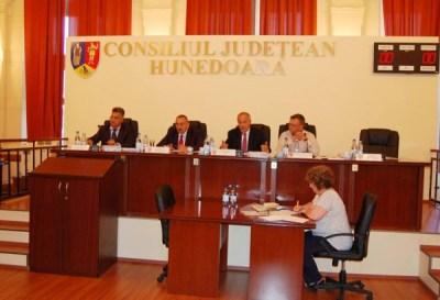 Noul proiect european de modernizre a rețelelor de apă și canalizare din Valea Jiului a fost aprobat de Consiliul județean