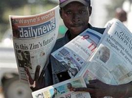 Write positive stories, Mugabe tells reporters