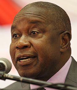 Why Mutsvangwa was expelled