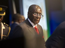 'It's not my duty to name my successor,' says Mugabe