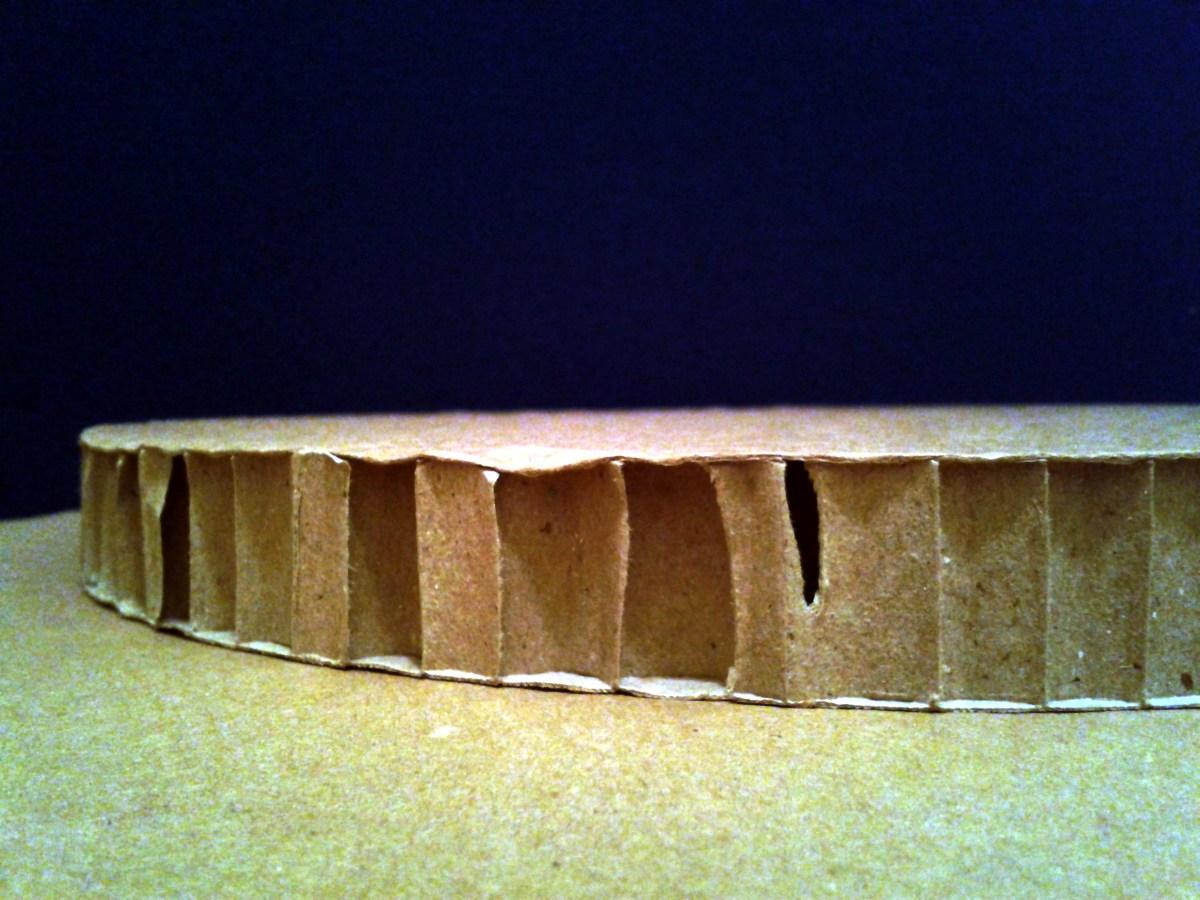 Nowy materiał nowe wyzwania - plaster miodu