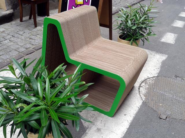 Fotel z tektury  Luft