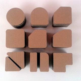 postumenty-kartonowe-pod-produkty-2
