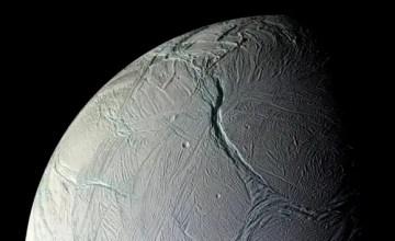 saturn-mjesec