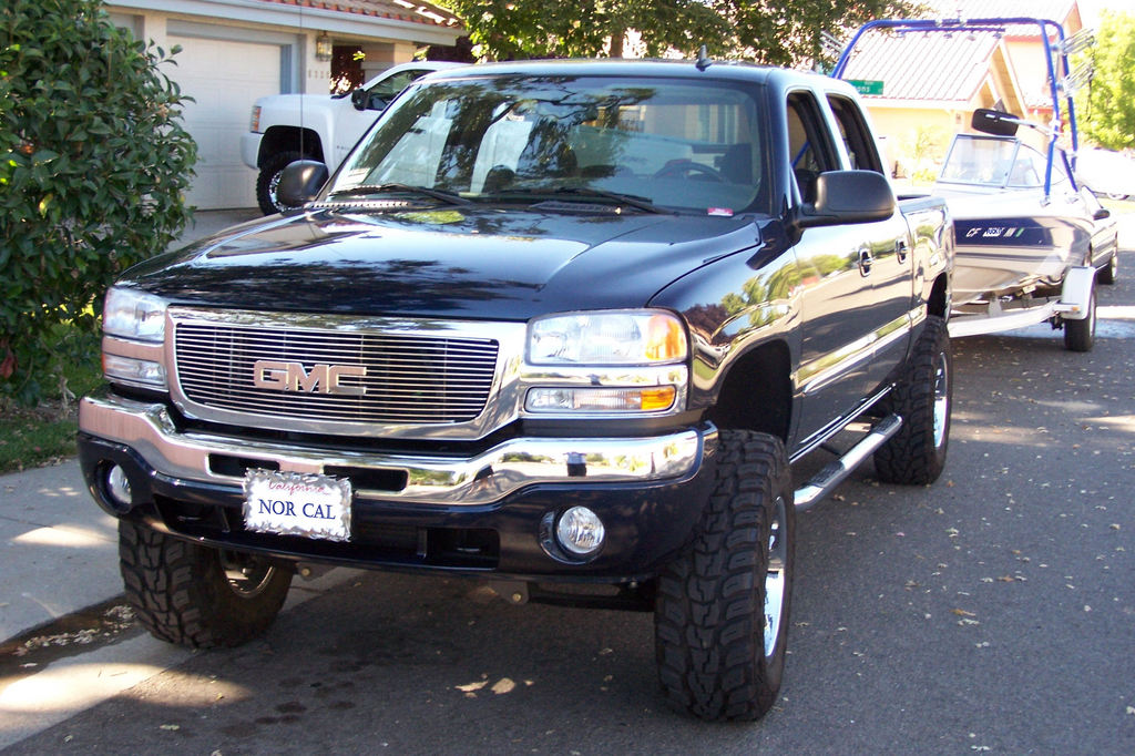 2007 GMC Sierra 1500 Classic   Information and photos   ZombieDrive 2007 GMC Sierra 1500 Classic  24 GMC Sierra 1500 Classic  24