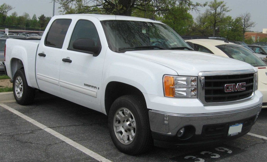 2007 GMC Sierra 2500HD   Information and photos   ZombieDrive 2007 GMC Sierra 2500HD  15 GMC Sierra 2500HD  15