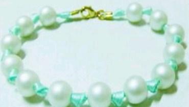 Cara Praktis Buat Gelang Pita dan Manik-Manik atau Ribbon Bead Bracelet